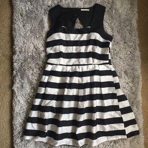 5/$15 Main Strip Striped Dress
